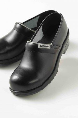 נעלי עבודה CLOGS מיוחדות לשפים ולעבודה מרובה על הרגליים