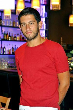 חולצת כותנה יוניסקס צבע אדום שרוול קצר צוארון עגול