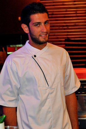 גקט שף לבן דגם חולצה טיקטק אחד