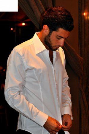 חולצת SLIM FIT מכופתרת לגבר שרוול ארוך צבע לבן