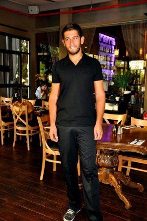 מכנס גומי סביב צבע שחור